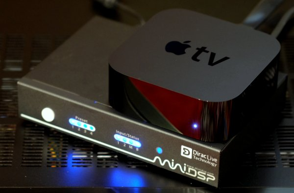 Apple TV 4 with nanoAVR DL Dirac Live, view from front
