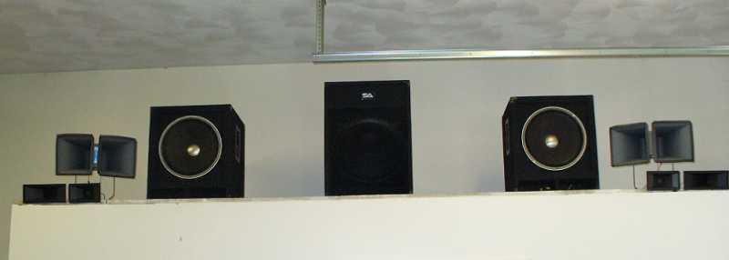 latest_speaker_arrangement.jpg